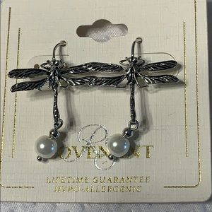 NWT Dragonfly Earrings Hypo Allergenic